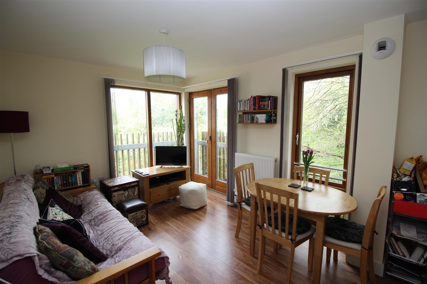 1 Bedroom Property for sale in Cowleaze, Chippenham